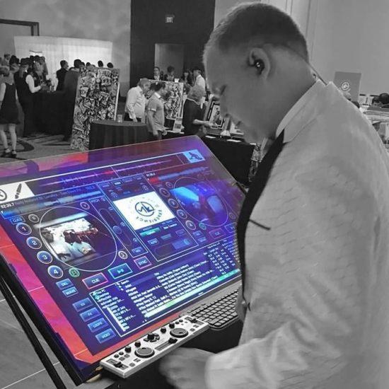 Touchscreen DJ - DJ Rage